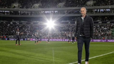 Legendary Midfielder Zinedine Zidane Joins Real Madrid as Manager