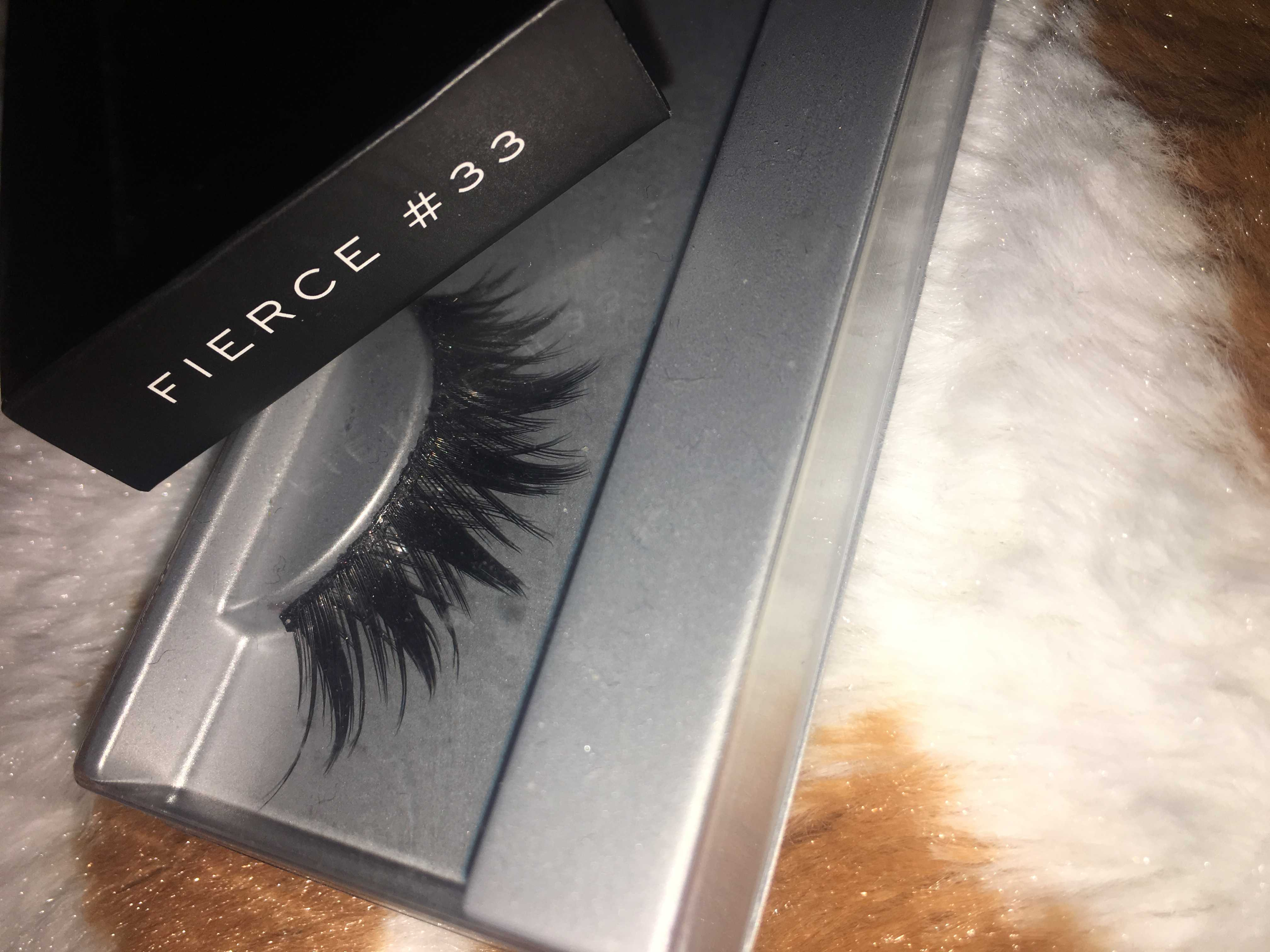 67307e7e87a False eyelashes can be used to create dramatic eye looks, as well as to  create natural, yet flirty looks. When buying false lashes, it is most  beneficial to ...